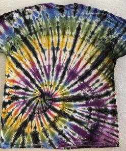 black colorful spiral tiedye shirt large